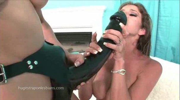 strap on dildo free sex tub