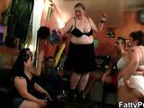 The start of a BBW orgy is fun to watch