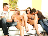 Girl kissing in homemade porn