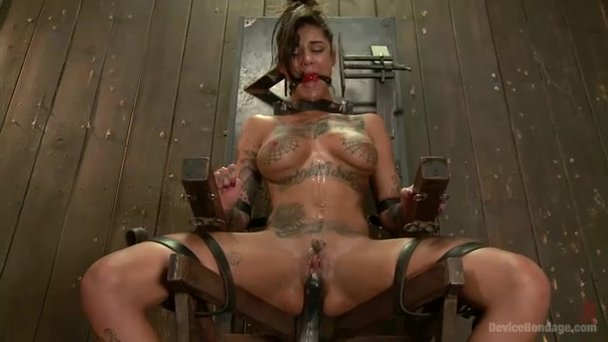 Bondage machine squirt