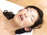 Steam-hot oriental mom fells really good with all her face in jizz